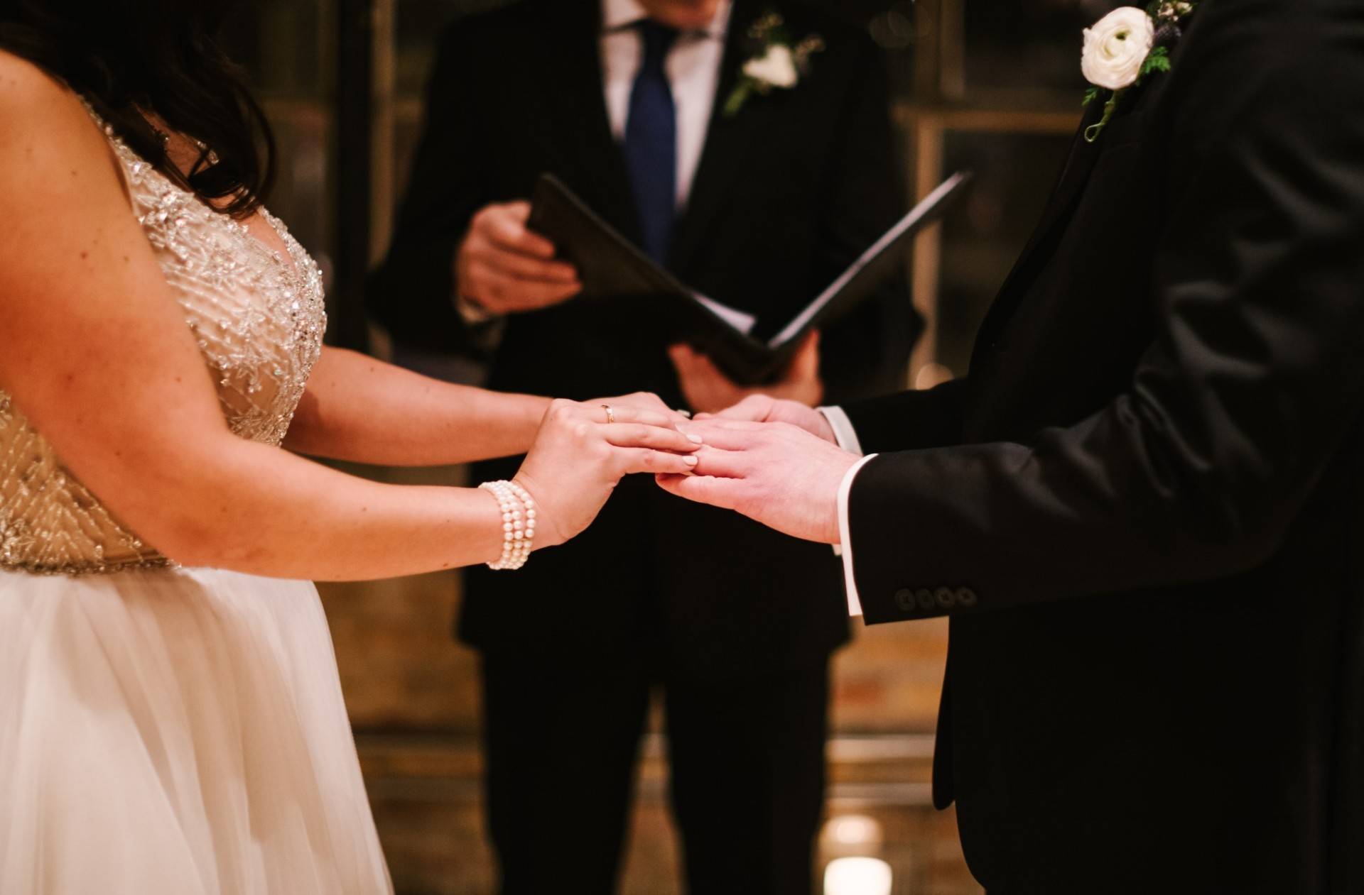 how to find a wedding officiant near me for my events